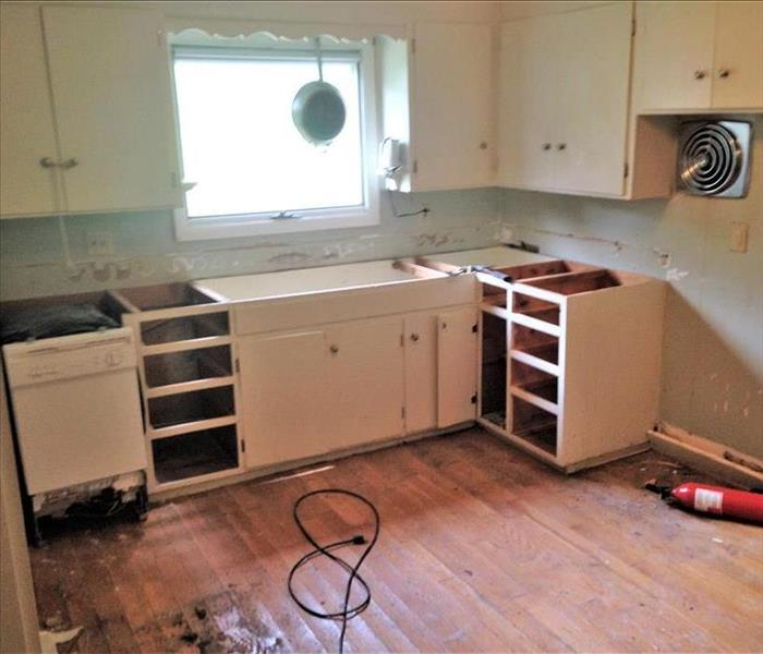 The SERVPRO Home Construction Team Renovates Middlebury, CT Home After Water Damage Before