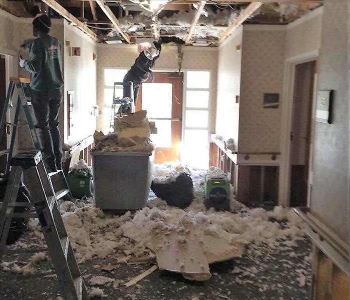 Sprinkler System Pipe Burst Causes Widespread Damage to Commercial Building Before